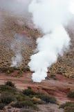 Géiser en el desierto de Atacama, Chile Imágenes de archivo libres de regalías