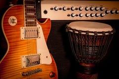 gitaar, ampère, versterker, trommel, achtergrondmuziek, Blauw, jazz, rots Royalty-vrije Stock Afbeelding