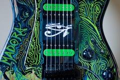 Gitarre mit 7 Schnüren Stockbilder