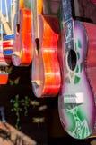 Gitarren für Verkauf Stockbilder