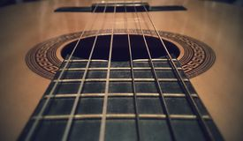 Gitarren-Schn?re stockfotografie