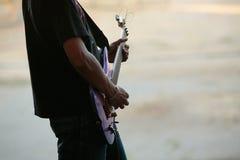 Gitarrist lizenzfreies stockfoto