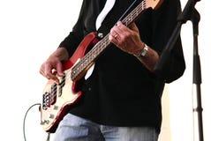 Gitarrist i konsert royaltyfria bilder