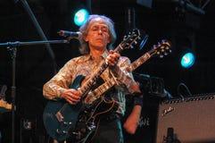 Gitarristen Steve Howe av jagruppen Royaltyfri Fotografi
