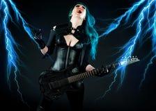 gitarristkvinna Arkivbilder
