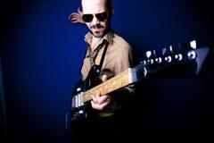 gitarrspelarerock royaltyfri foto