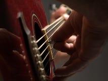 gitary bawić się Obrazy Stock