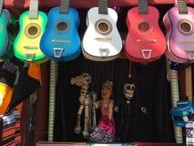 Gitary & kukły Obrazy Stock