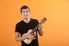 gitarzysta nastoletni obraz stock