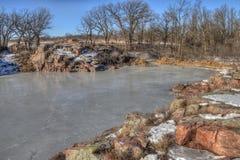 Gitchee Manitou é uma conserva de natureza na beira de Iowa/South Dakota infame para assassinatos das crianças imagem de stock royalty free