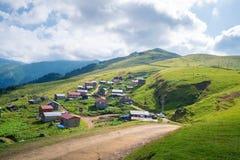Gito Plateau abriga Rize Camlihemsin no Mar Negro Turquia foto de stock