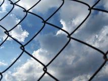 Gitter von Wolken des blauen Himmels stockbilder
