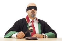 Giudice che batte martelletto Fotografia Stock Libera da Diritti