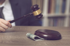 Giudice corrotto fotografie stock libere da diritti