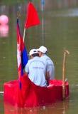 Giudici di arrivo delle corse di barca Touk di Bon OM Fotografie Stock Libere da Diritti