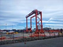 10 giugno 2018 - gru portuale che funziona al porto di BMT, Thaliand Immagine Stock