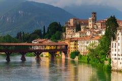 11 giugno 2016 L'Italia - fiume Brenta e degli Alpin di Ponte del ponte Fotografie Stock Libere da Diritti