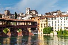 11 giugno 2016 L'Italia - fiume Brenta e degli Alpin di Ponte del ponte Fotografia Stock
