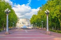 24 giugno 2015: Teatro di opera a Minsk, Bielorussia Immagini Stock Libere da Diritti