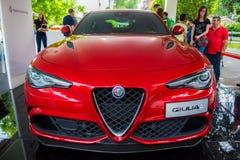 Giulia von rotem Alfa Romeo Stockfotos