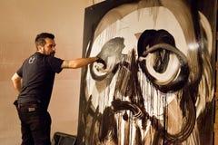 Giulio Masieri, trekt een gezicht tijdens zijn prestaties Stock Foto