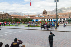 Giurando della polizia della scuola o del Juramentacion de la Policia Esc Immagini Stock