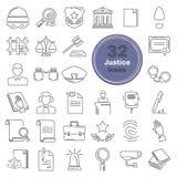 Giustizia e linea icone della corte messe illustrazione di stock
