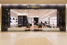 Givenchy store at Siam Paragon shopping mall, Bangkok. BANGKOK - MARCH 17, 2016 : A Givenchy store in Siam Paragon Shopping mall. Givenchy is a luxury French Royalty Free Stock Photography