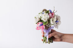 Giving a beautifull pastel bouquet Royalty Free Stock Images
