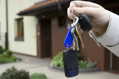 Giving house keys Royalty Free Stock Photography