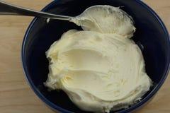 Givrage blanc de vanille photographie stock libre de droits