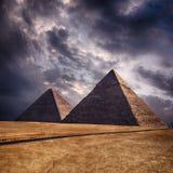Giza pyramider i Kairo Egypten Arkivbilder