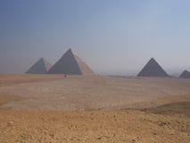 Giza pyramidkomplex Fotografering för Bildbyråer