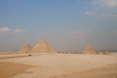 Gizah伟大的金字塔在开罗,埃及 免版税库存照片