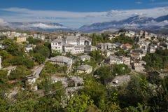 Gjirokaster is een stad in zuidelijk Albanië Zijn oude die stad is een Unesco-Plaats van de Werelderfenis, als ` een zeldzaam voo royalty-vrije stock afbeeldingen