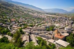 Gjirokaster - stad van zilveren daken, Albanië Stock Afbeeldingen