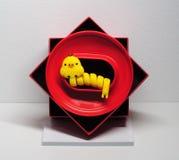 Gjorde randig gula fågelungen för headphone den kabel Arkivbilder