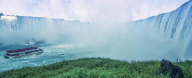 Gjort av mist på Niagara Falls Royaltyfri Foto