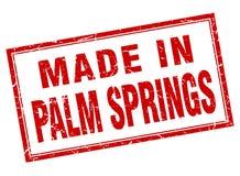 gjort i Palm Springsstämpel vektor illustrationer