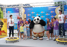 Gjuta den del Filma Kung Fu Panda 2 alGiffoni filmfestivalen 2011 Royaltyfri Fotografi