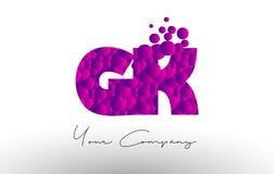 GK G K Dots Letter Logo avec la texture pourpre de bulles Photographie stock