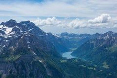 Glärnisch, vrenelisgärtli και klöntalersee στα ελβετικά όρη Στοκ εικόνες με δικαίωμα ελεύθερης χρήσης