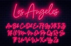 Glühendes Neonskriptalphabet Neonguß mit den Versalien- und Kleinbuchstaben Handgeschriebenes englisches Alphabet lizenzfreie abbildung