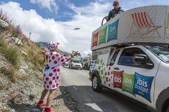Glädjen av publicitethusvagnen - Tour de France 2015 Fotografering för Bildbyråer