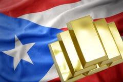 Glänsande guld- guldtackor på den Puerto Rico flaggan Royaltyfri Bild