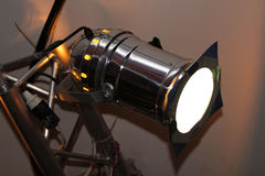 Glänsande ljus för teaterstrålkastare Arkivfoton