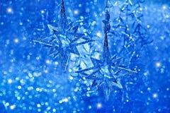Glänzende Sterne. Weihnachtsdekoration Stockfoto