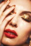 Glänzendes Gesichtsmake-up Lizenzfreies Stockbild