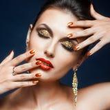 Glänzendes Gesichtsmake-up Lizenzfreies Stockfoto