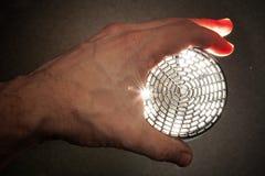 Glänzendes modernes Gerät in der männlichen Hand Lizenzfreies Stockbild